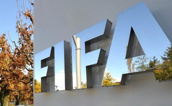 [Fifa vai permitir que árbitros encerrem partidas se houver caso de racismo]