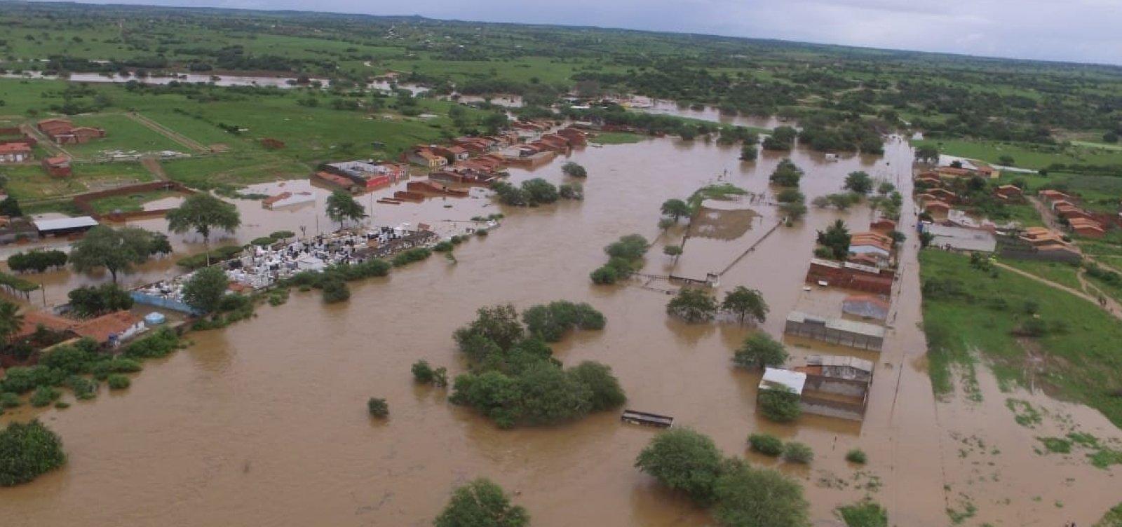 [Coronel João Sá: rompimento de barragem deixa 150 famílias desabrigadas]