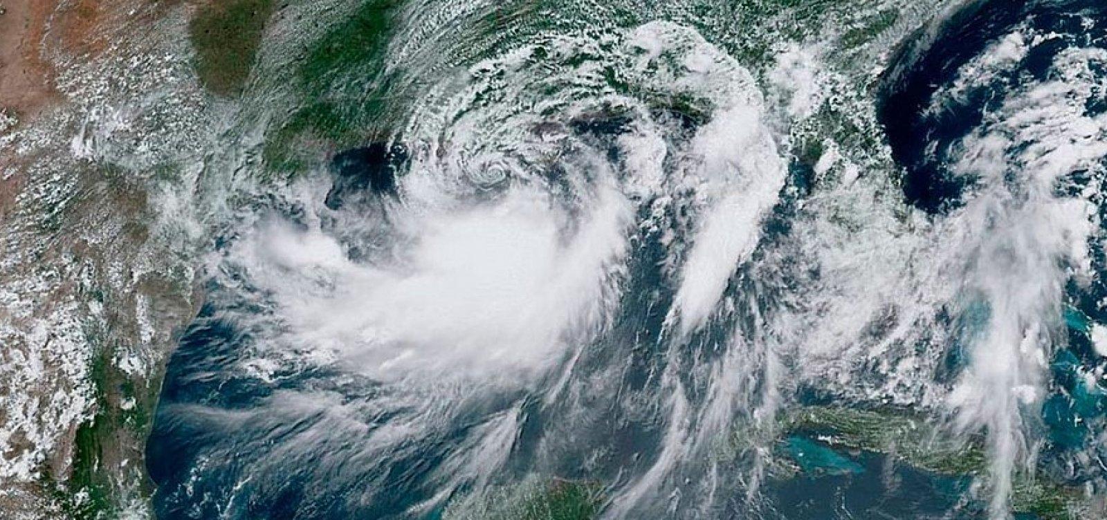[Tempestade Barry torna-se furacão ao atingir Louisiana]