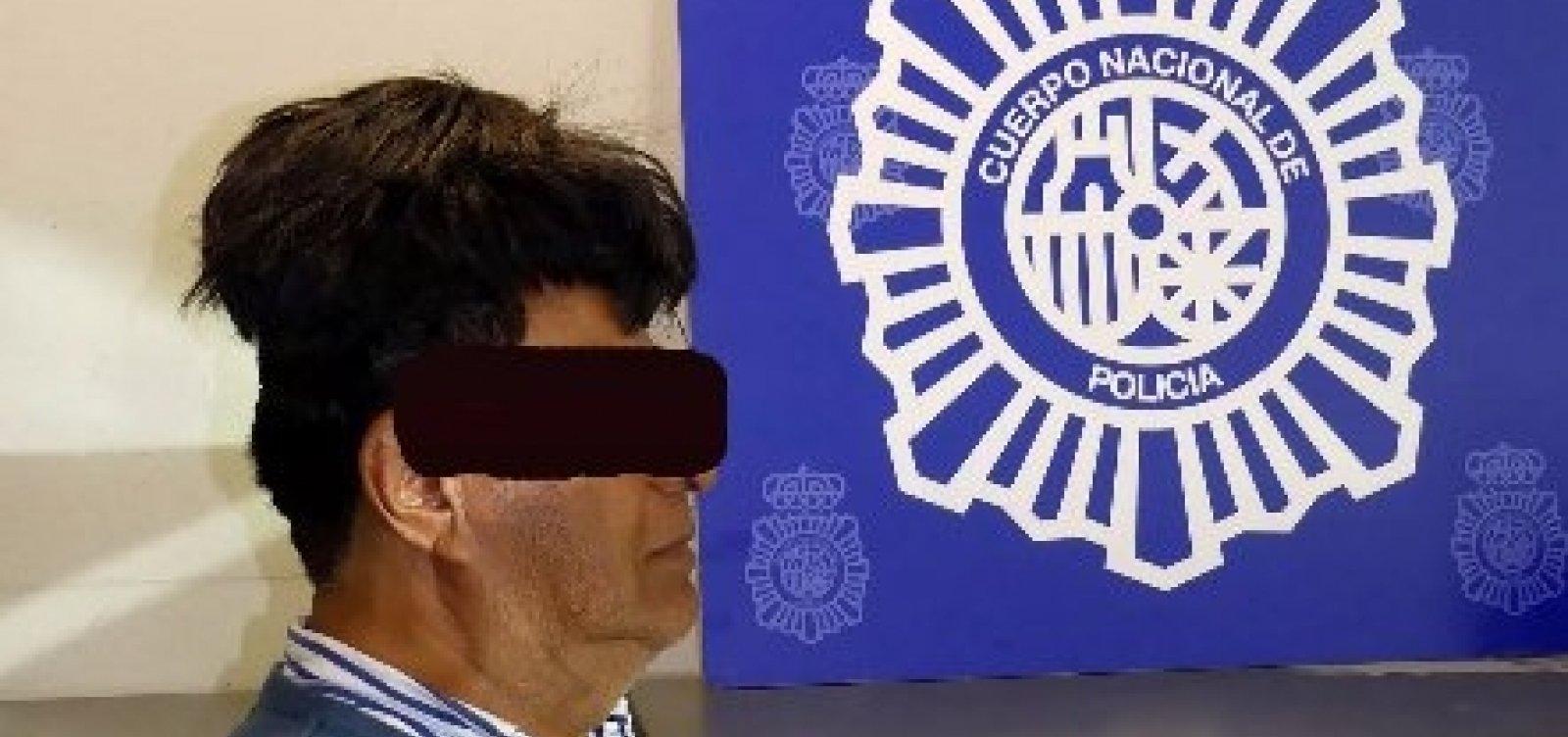 [Homem é preso com meio quilo de cocaína sob peruca em Barcelona]