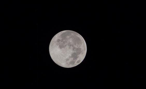 [Próximo humano a pisar na Lua vai ser uma mulher, confirma Nasa]