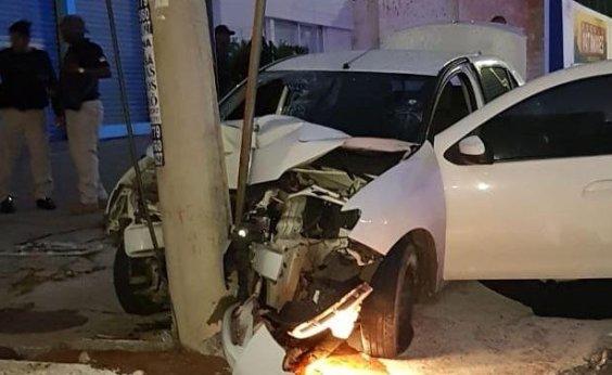 [Perseguição termina em acidente e deixa dois assaltantes mortos em Patamares]