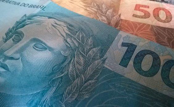 [PIB recua 0,8% no trimestre encerrado em maio, segundo FGV]