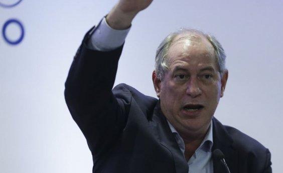[Dilma foi colocada no governo para Lula continuar mandando, diz Ciro]