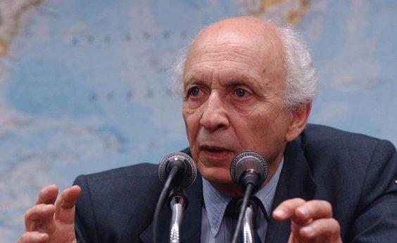 ['Absurdo', diz Ricupero sobre possível nomeação de Eduardo Bolsonaro como embaixador]