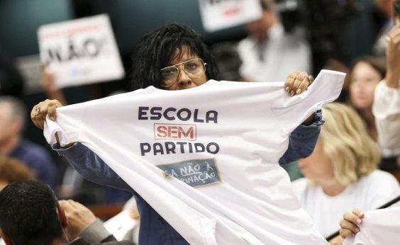 [Escola sem Partido anuncia fim de atividades por falta de apoio de Bolsonaro]