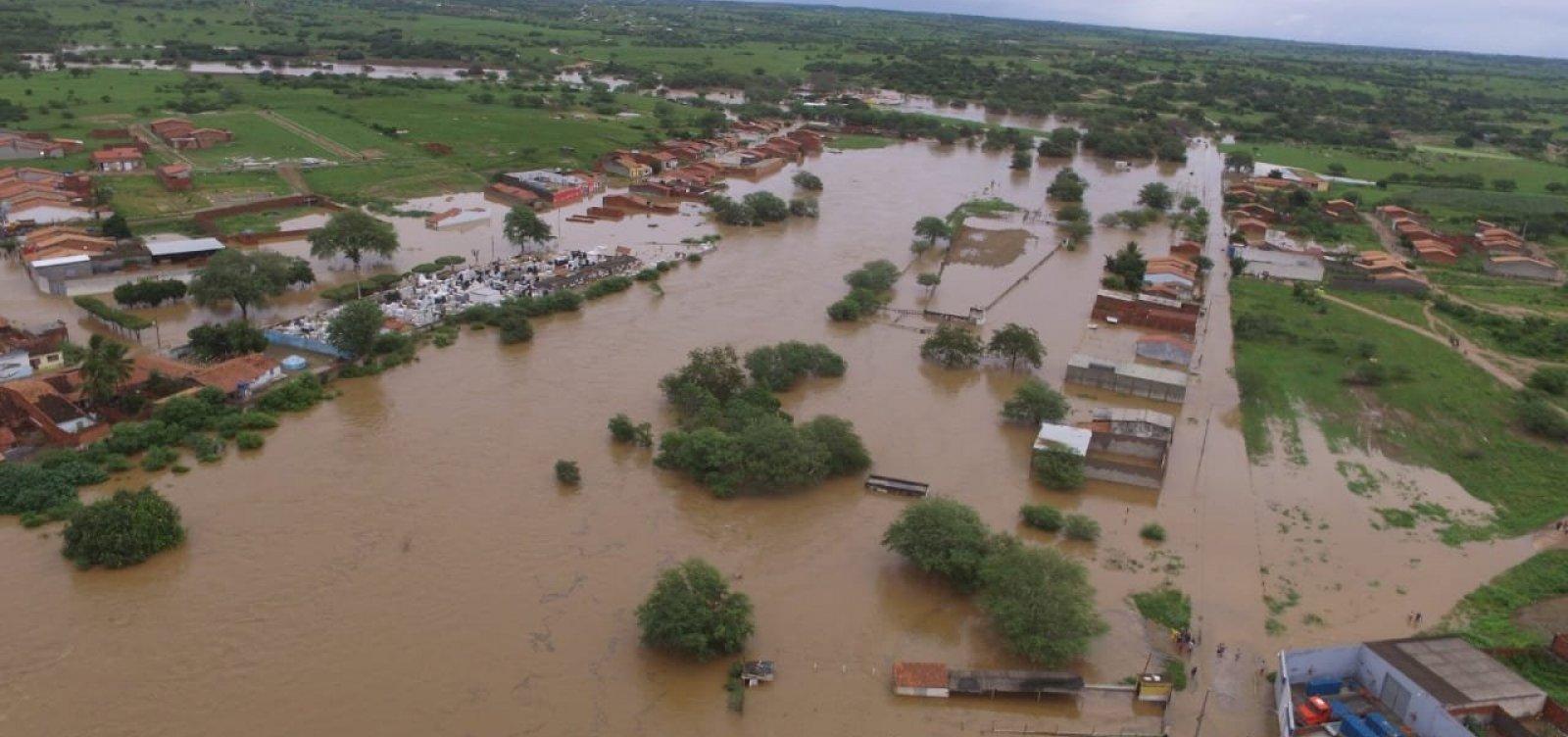 [Técnicos vistoriam barragens em Pedro Alexandre e adotam medidas para evitar novos rompimentos]