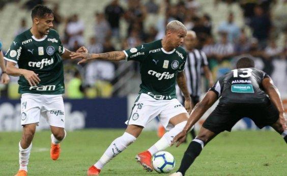 [Avião do Palmeiras arremete duas vezes em tentativa de pouso e tem rota alterada na Argentina]