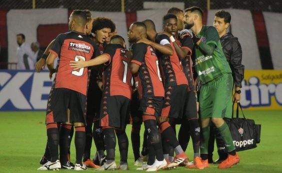 [Técnico do Vitória relaciona jogadores para partida contra o Londrina]