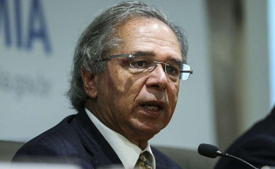 [Assessoria de Guedes diz que ministro teve celular hackeado]