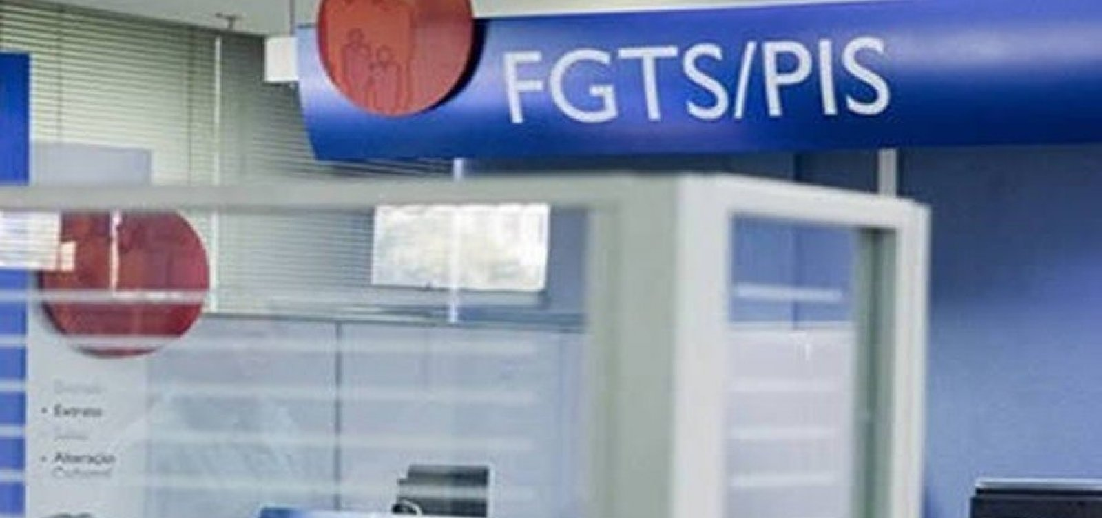 [Trabalhador já pode cancelar crédito automático do FGTS na Caixa]