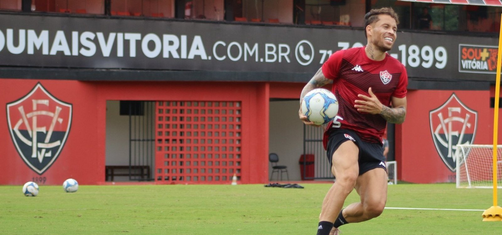 ['O Vitória pós-Copa América está em uma crescente', diz Baraka após triunfo sobre o Paraná]