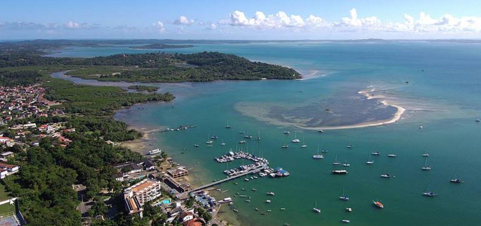 [Quatro pessoas são resgatadas em lancha à deriva na Ilha de Itaparica]