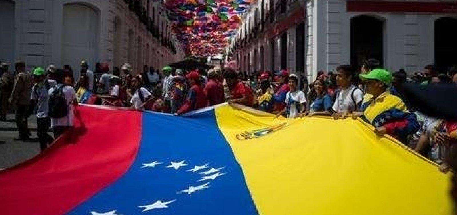 [Constituinte da Venezuela cria comissão para avaliar eleições]