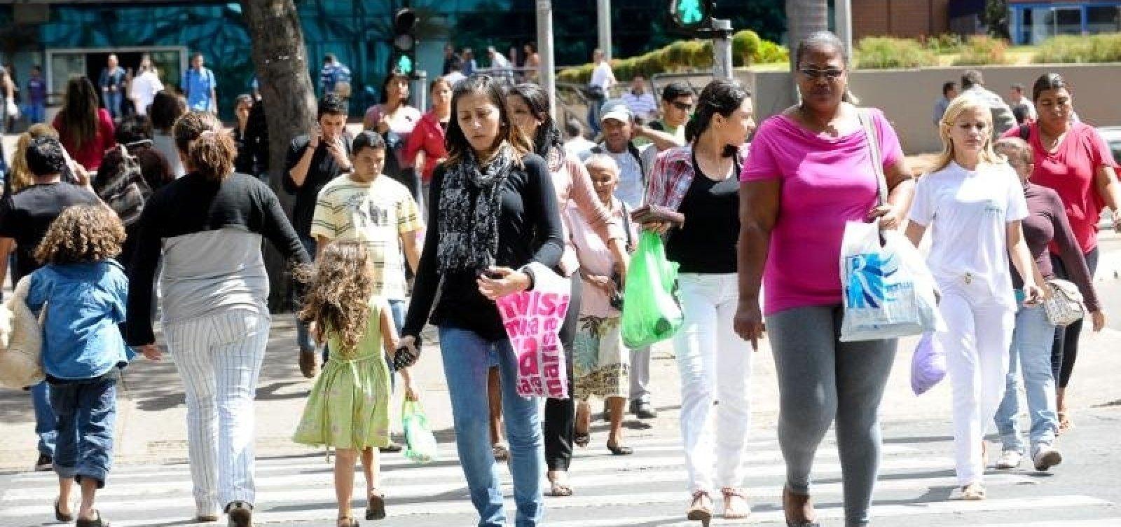 [IBGE: 3,3 milhões de desempregados procuram trabalho há pelo menos dois anos]