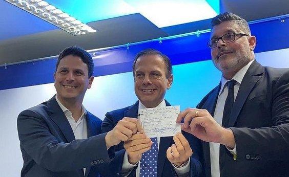 [Após expulsão no PSL, Alexandre Frota oficializa filiação ao PSDB]