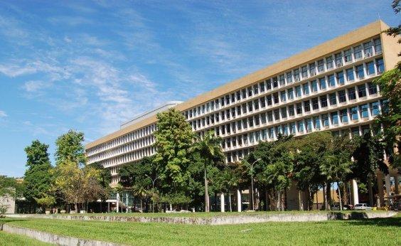 [MEC estuda repassar mais recursos a universidades com melhor desempenho]