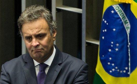 [PSDB de São Paulo formaliza pedido para expulsar Aécio]