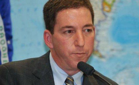 [Deputados do PSL derrubam homenagem para Glenn Greenwald]