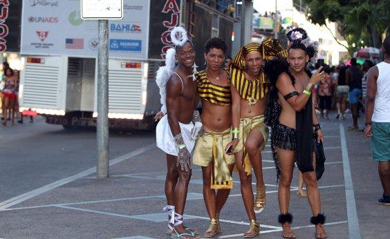 [Com Centro em obras, Parada Gay acontecerá no Dique do Tororó, diz produtor]
