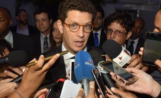 [Ministro do Meio Ambiente é vaiado em evento sobre clima em Salvador]