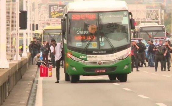[Polícia ouviu 30 testemunhas do sequestro do ônibus no Rio]