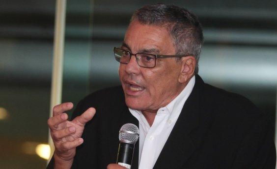 [Paulo Carneiro volta a atacar Fonte Nova e diz que consórcio é formado por 'empresas corruptas']