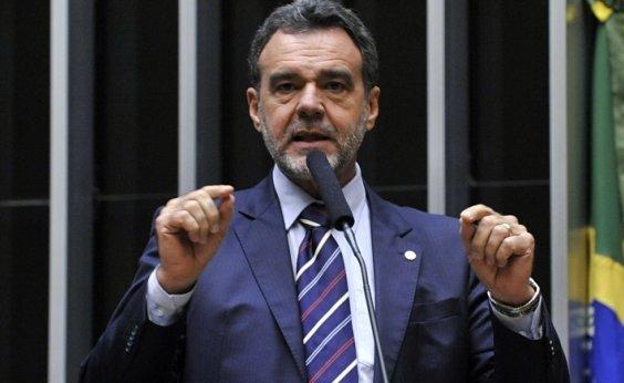 ['Relação de Bolsonaro e Moro não deve durar muito', avalia Daniel Almeida]