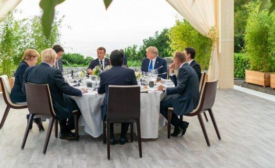 [G7 concorda em ajudar países afetados por incêndios na Amazônia 'o mais rápido possível']