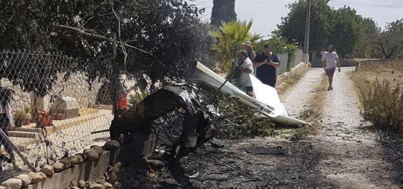 [Colisão entre helicóptero e ultraleve deixa sete mortos na Espanha]