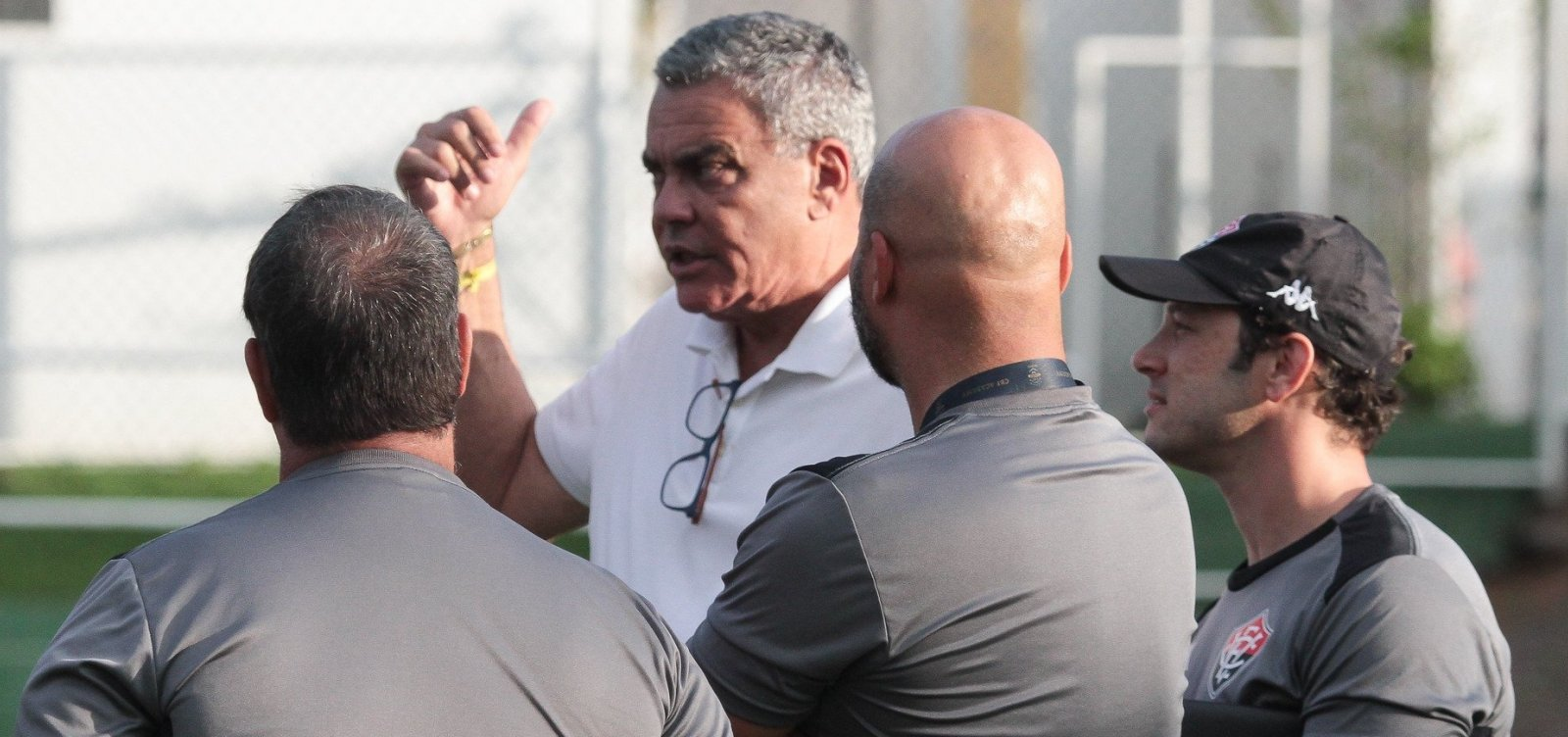 [Presidente do Vitória revela dívidas, fala sobre Fonte Nova e diz que clube vai processar gestões passadas]