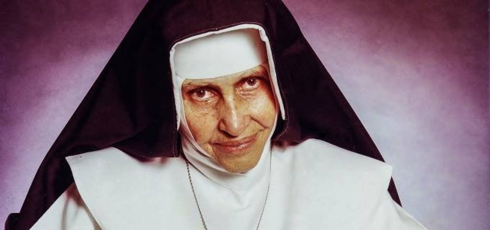 [Governador sanciona lei que declara 13 de outubro como Dia da Santa Irmã Dulce]