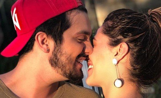 [Luan Santana anuncia casamento com designer Jade Magalhães]