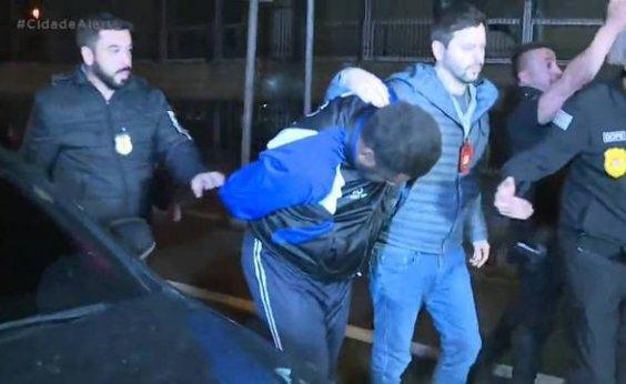 [Dois seguranças que torturaram jovem em mercado são presos]