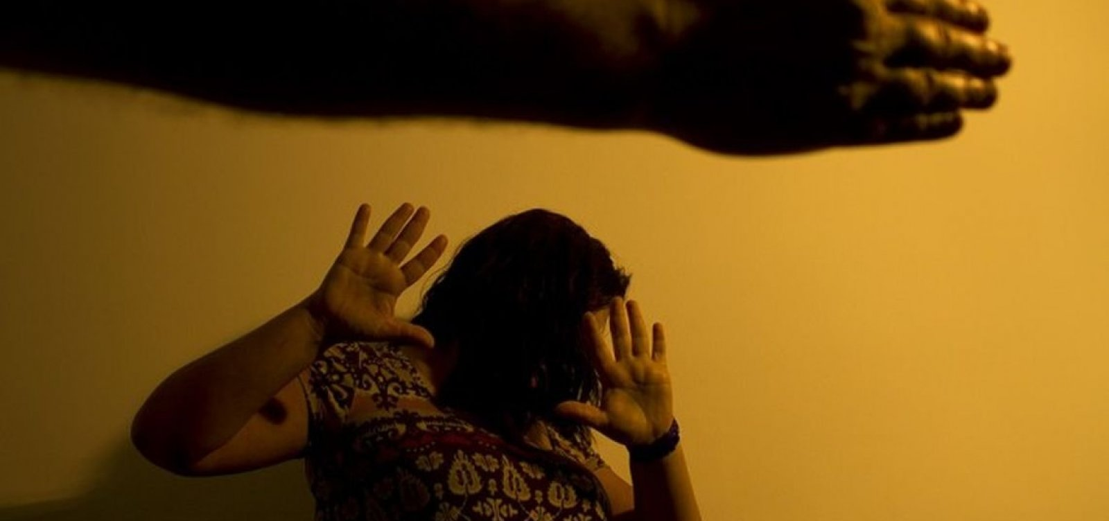 [Brasil tem um caso de agressão a mulher a cada 4 minutos]