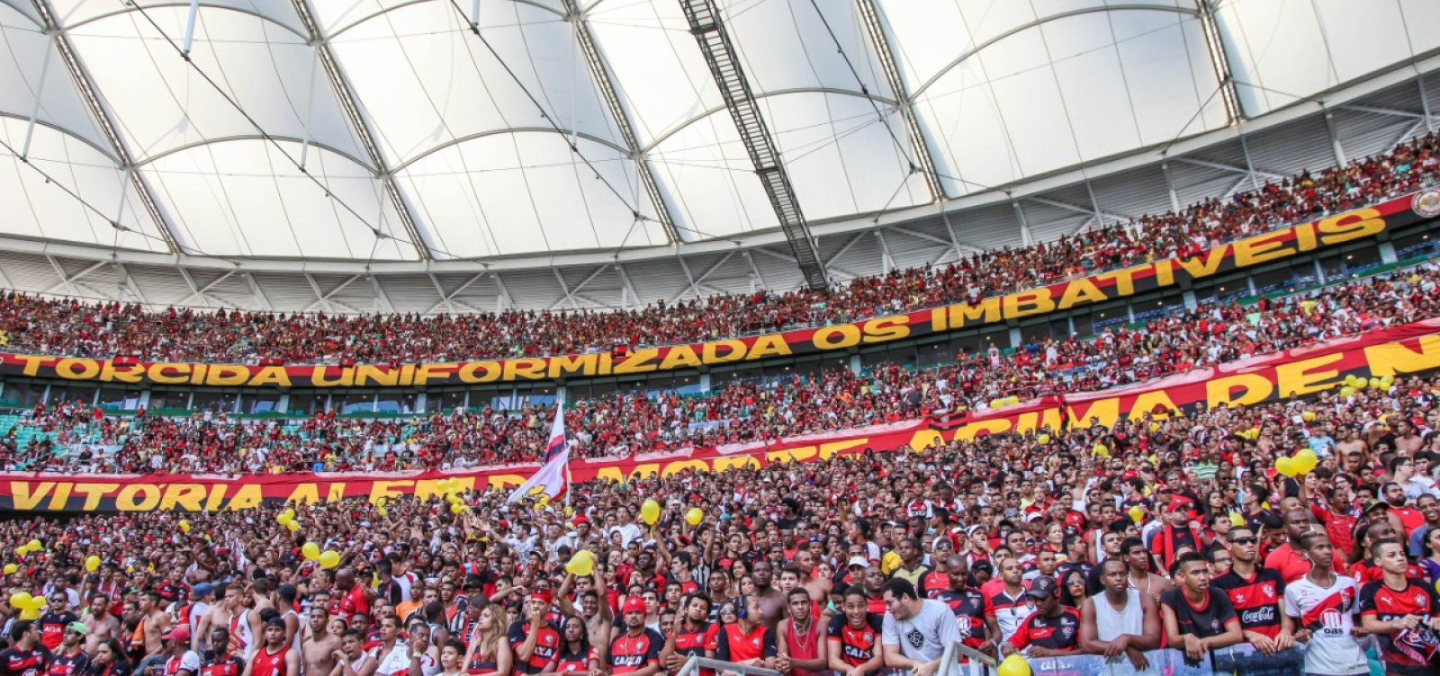 [Vitória anuncia acerto com Arena Fonte Nova e mandará jogos no estádio por 3 anos]