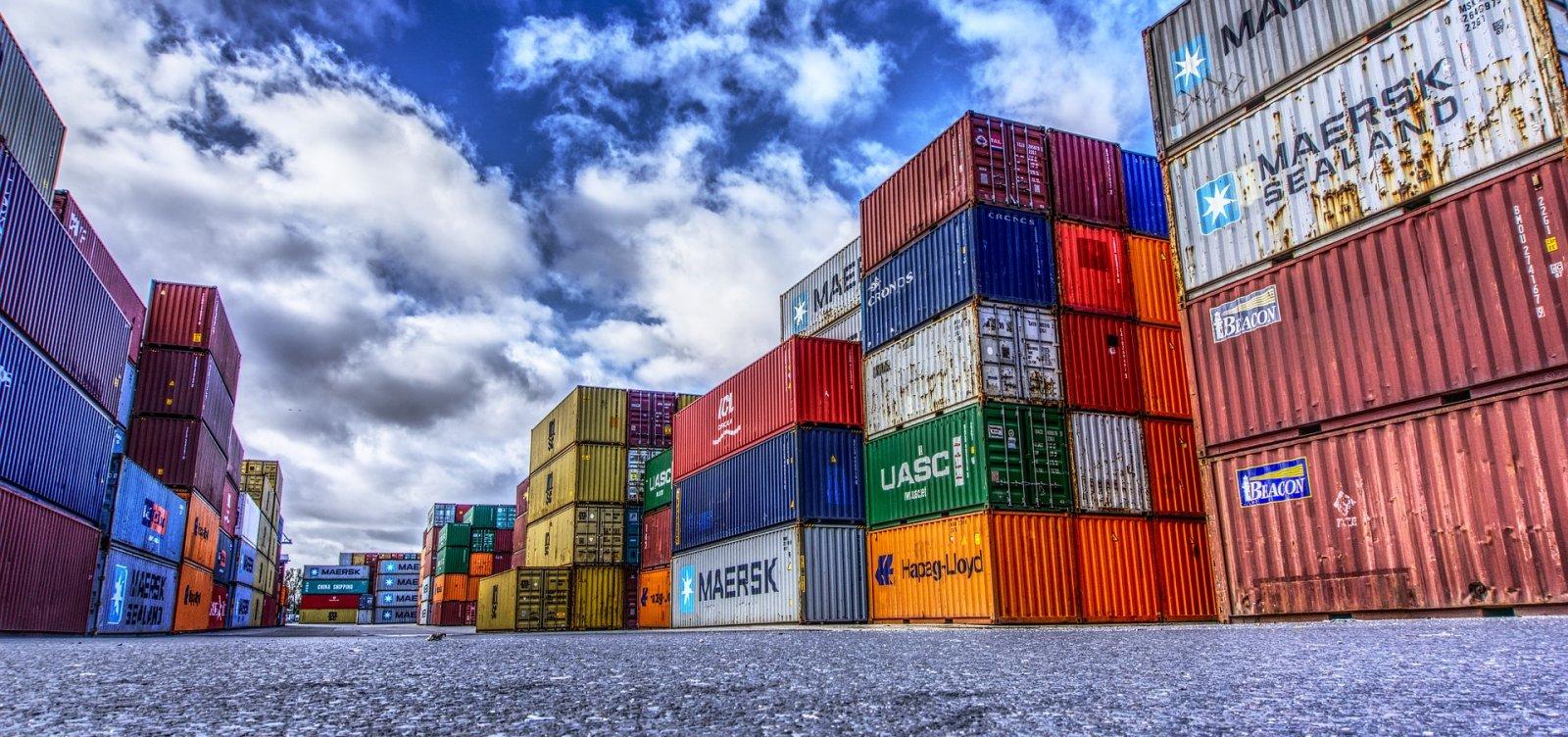 [Exportações baianas têm queda de 32% no mês de agosto]