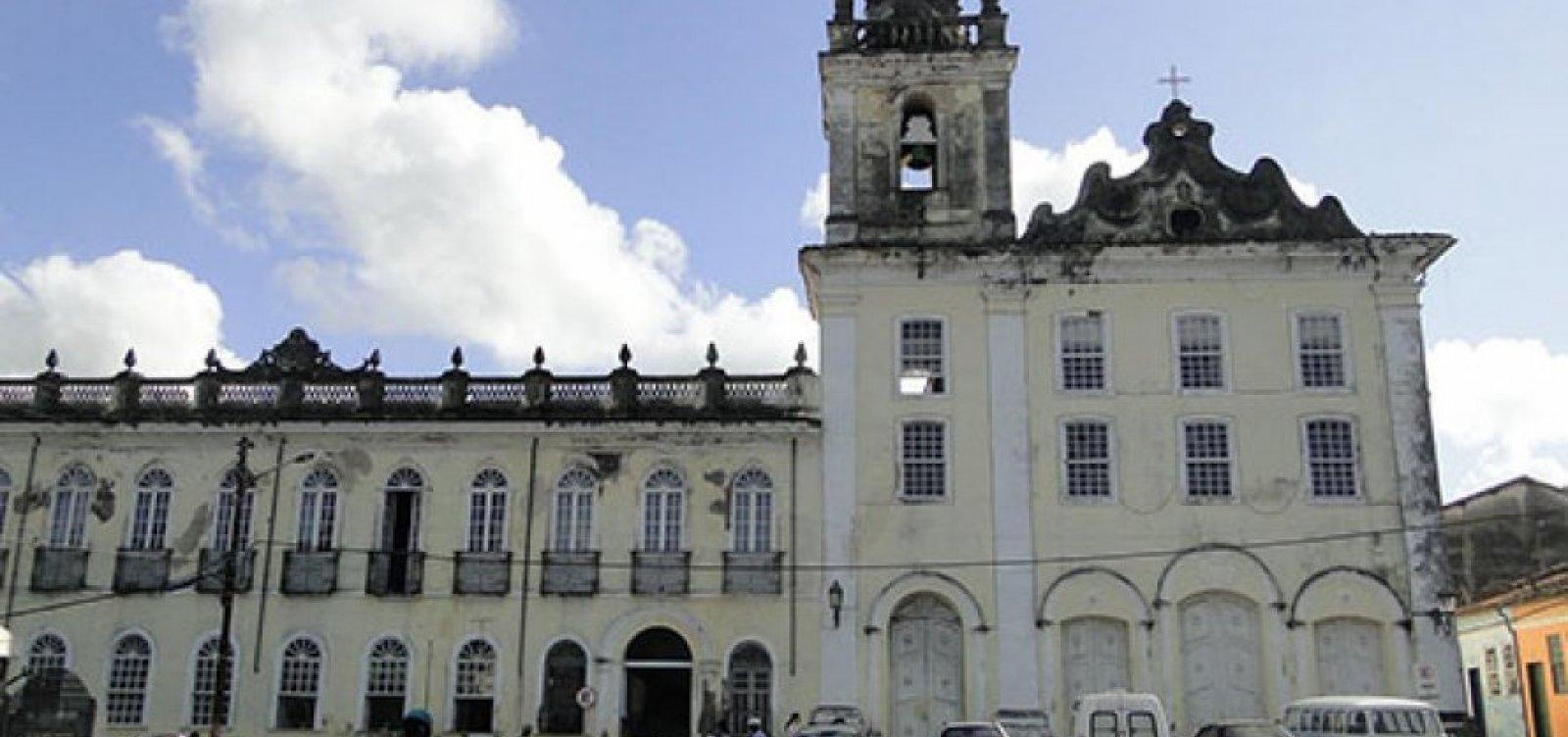 [Após interrupção de contrato com Santa Casa, prefeitura de Cachoeira chama gestão de 'desastrosa']