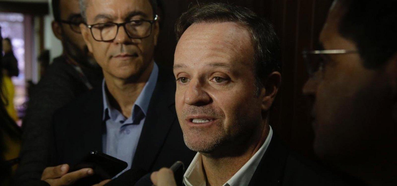 [Barrichello lamenta falta de brasileiros na Fórmula 1 e comenta acidente com Lamborghini]