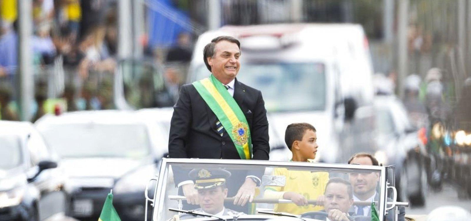 [Globo demite funcionário que chamou criança de 'imbecil' por desfilar com Bolsonaro]