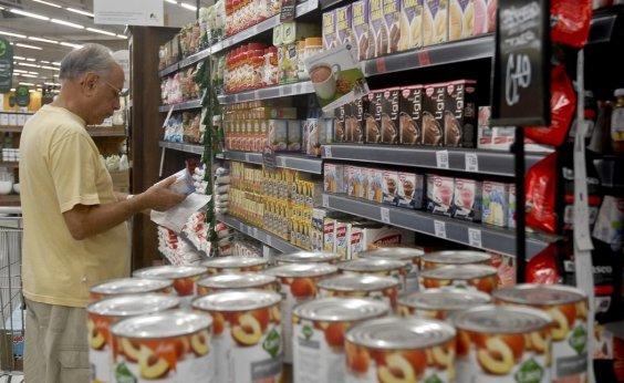 [Comércio varejista cresce 1% em julho, diz IBGE]
