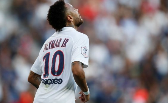 [Neymar volta ao PSG vaiado, mas faz gol da vitória diante do Strasbourg]