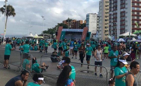 [Corredores participam da Maratona de Salvador; veja alternativas do trânsito]