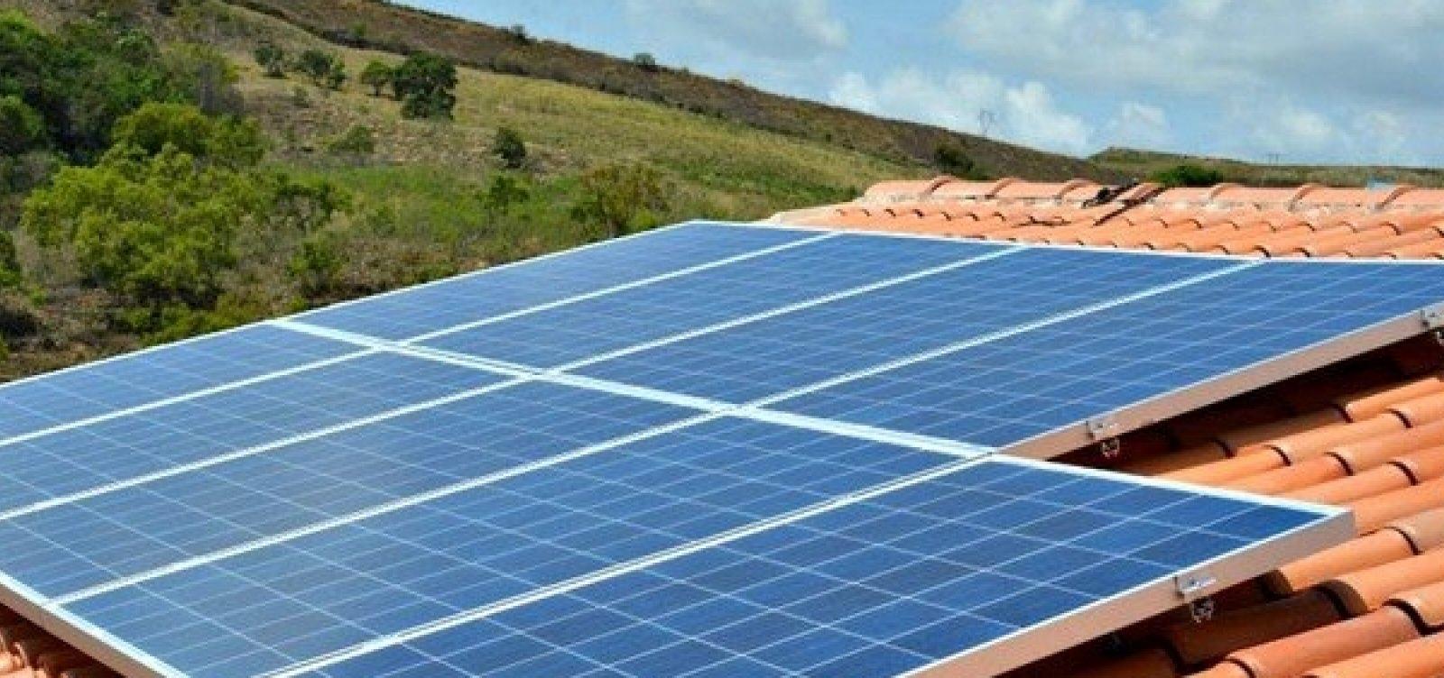 [Coelba vai vender placas de energia solar pela metade do preço]