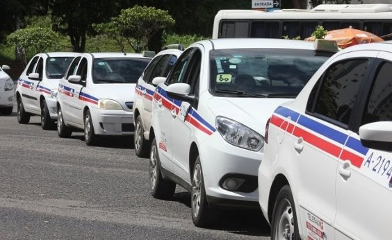 [PL que transforma táxis em Patrimônio Imaterial de Salvador é aprovado]