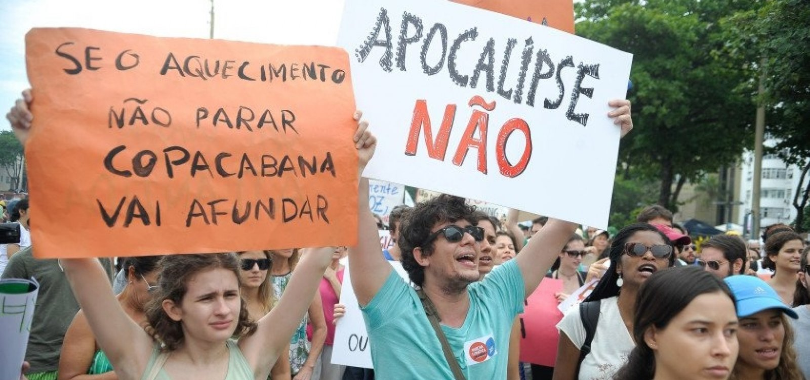 [Brasileiros participam de mobilização mundial pelo clima]