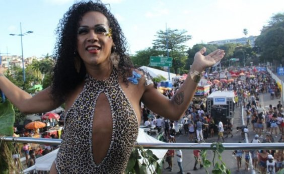 [Parada LGBT+ da Bahia movimentou o Dique do Tororó, neste domingo]