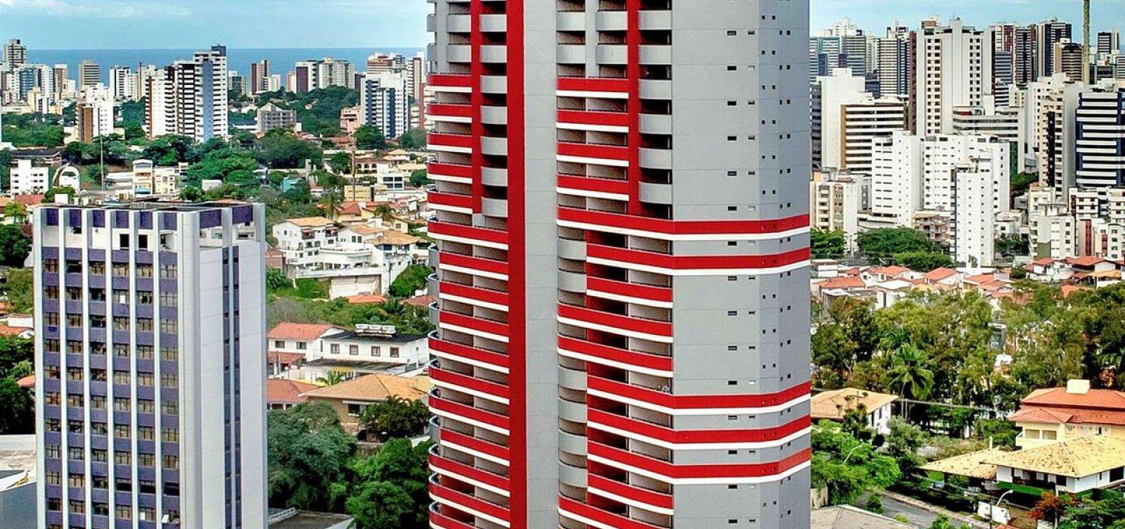 [Criança de 12 anos morre ao cair de hotel na região da Tancredo Neves]