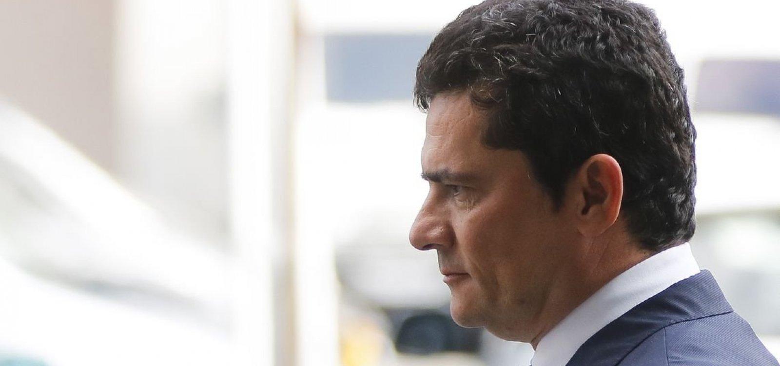 [Após críticas de Bolsonaro, Moro se reúne com Bivar e deputados do PSL]