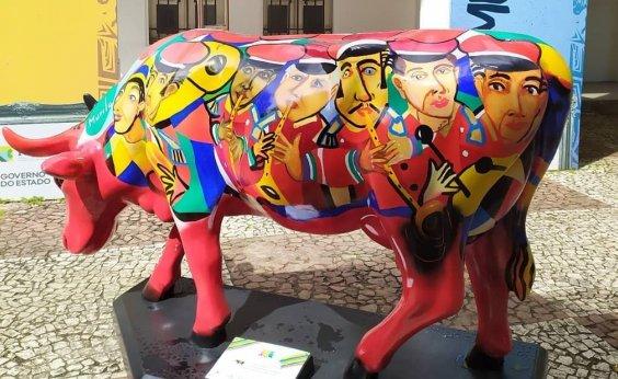 ['Rebanho' da mostra CowParade ocupa as ruas de Salvador]